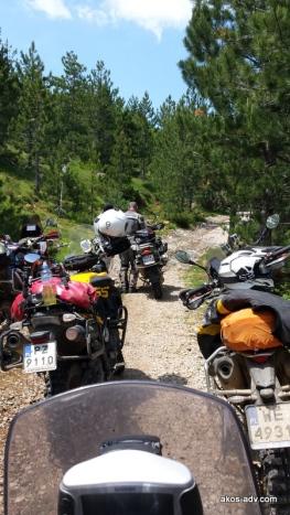 Zaczynamy podjazd z Fushe Lure (1077 m) do PN Lure (1791 m)