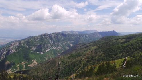 Widok z okolic jeziora Hotit na południowy-wschód