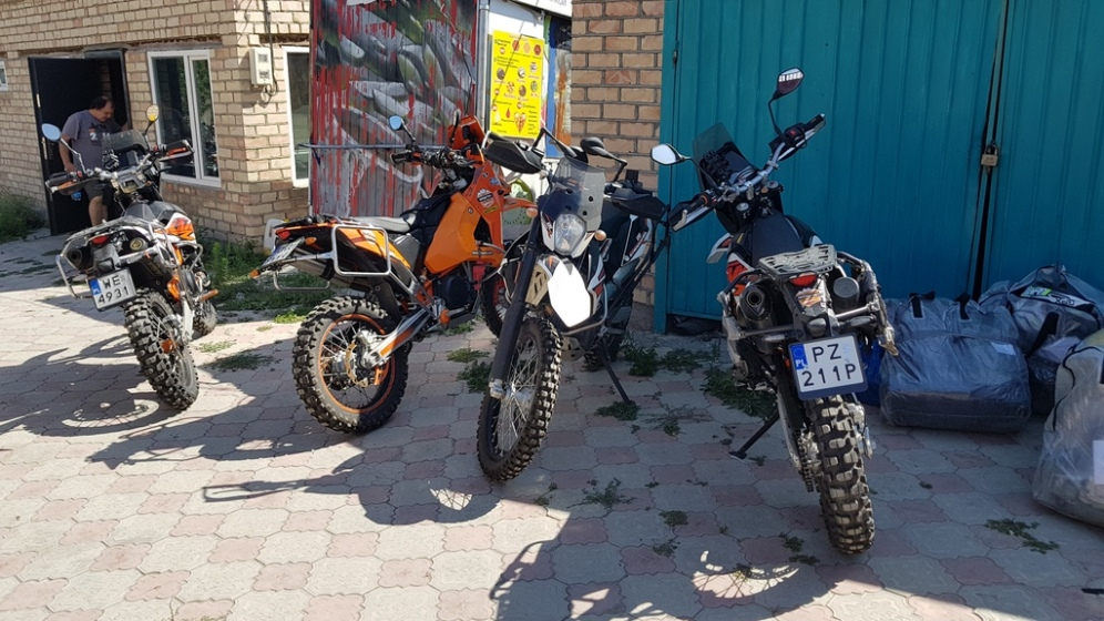 Nasze motocykle po rozładunku