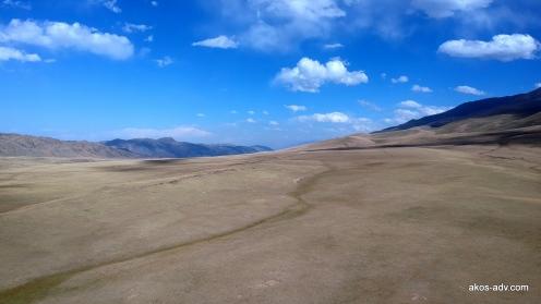 Pomiędzy przełęczą Kuldża i Kochkorem